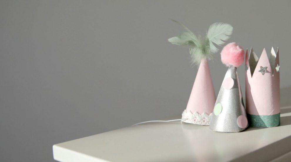 Mini-Kronen und Partyhüte selber machen